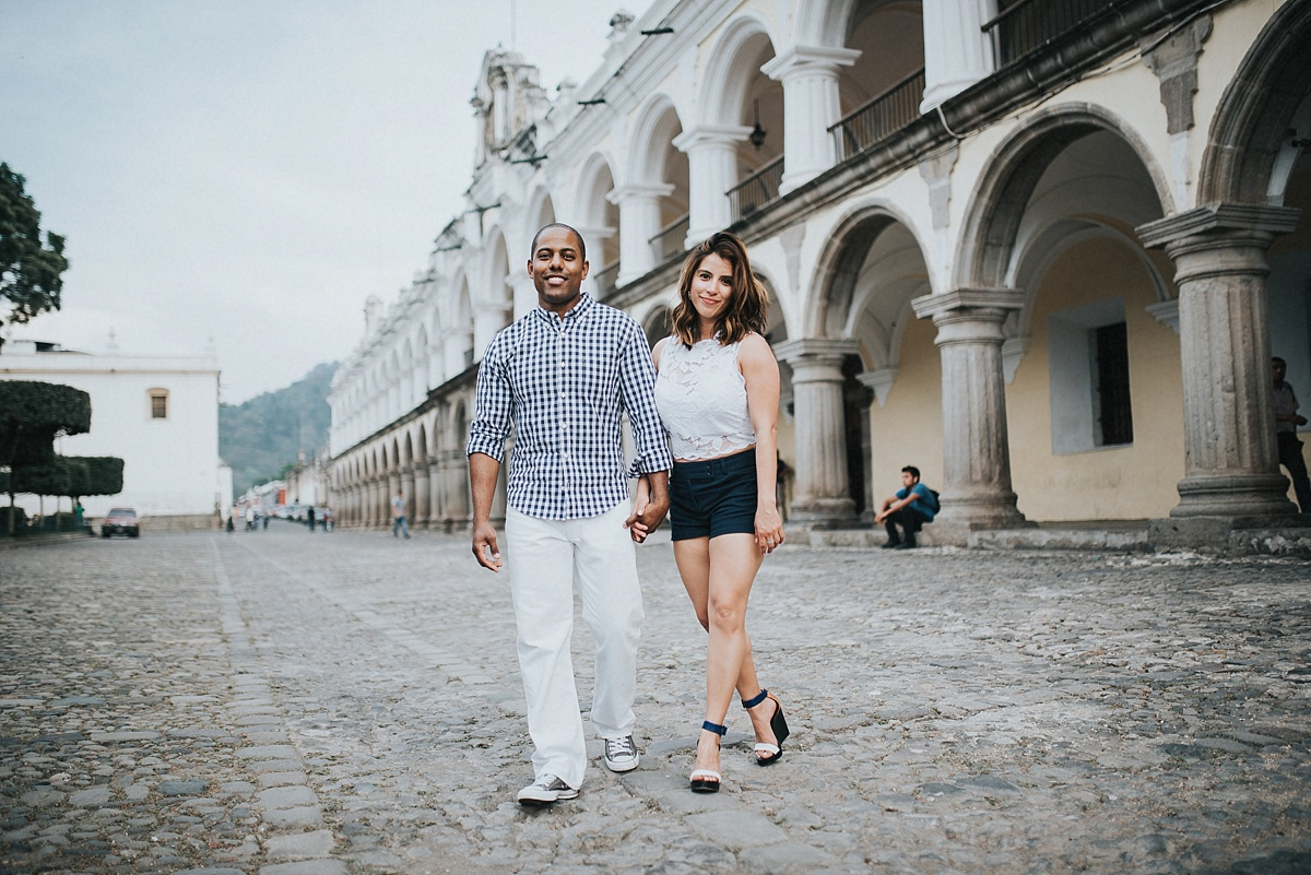 What to wear for engagement photos in Guatemala