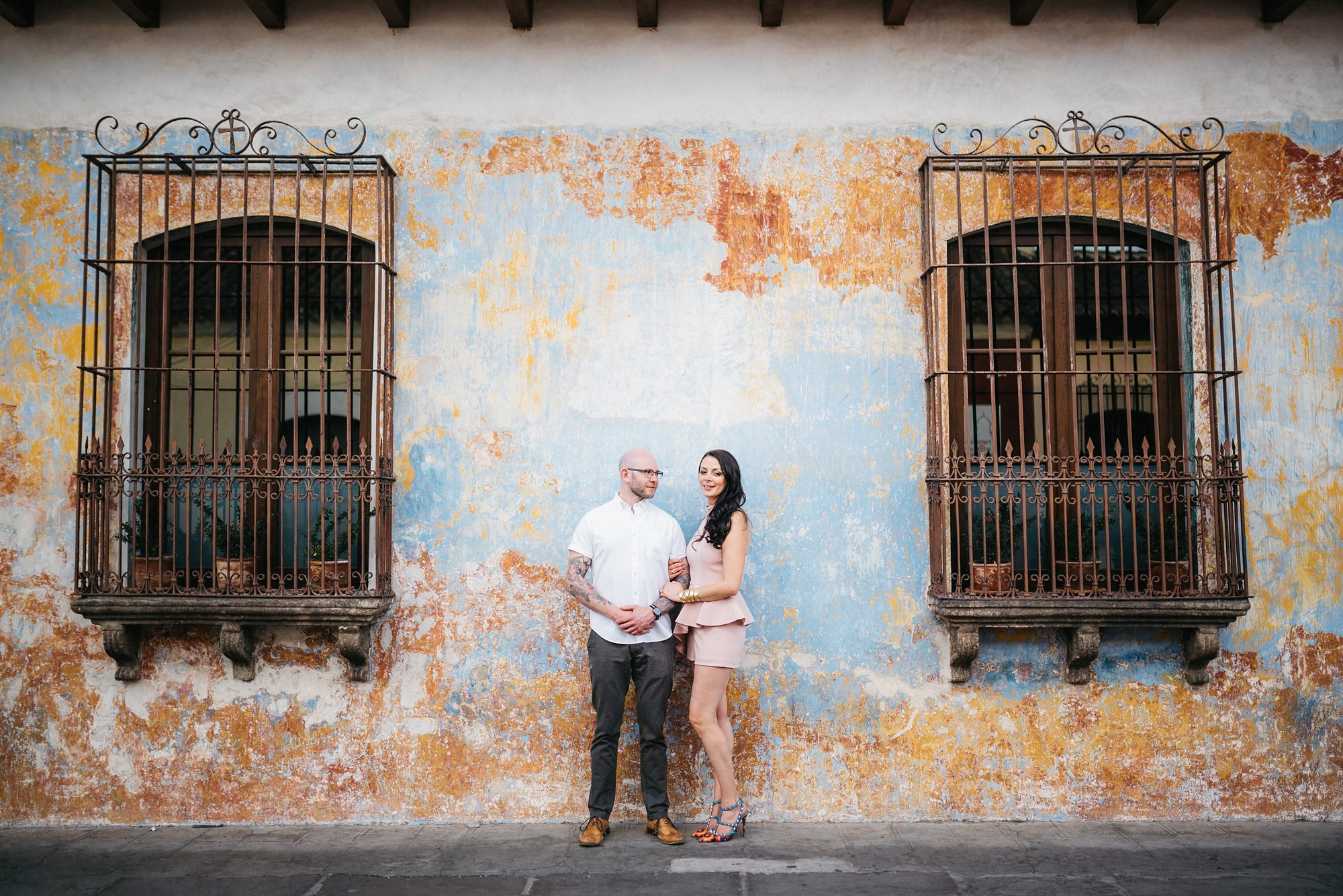 engagement photo shoot antigua guatemala 34