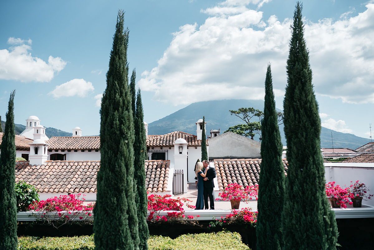Rooftop Elopement in Antigua Guatemala