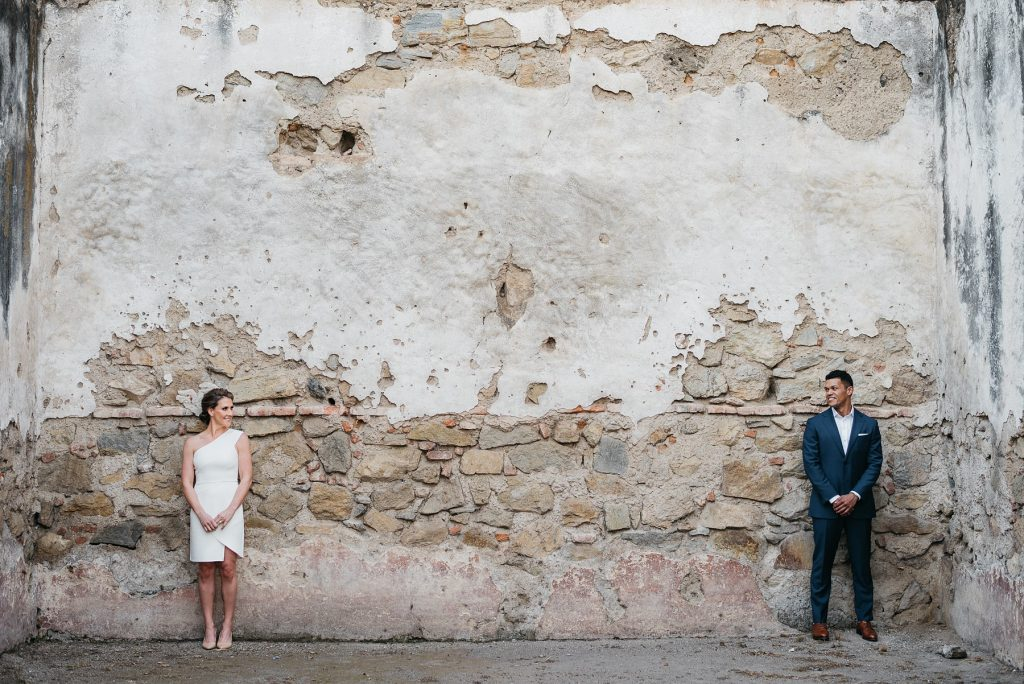Engagement Session at Ruins of La Recoleccion in Antigua 02