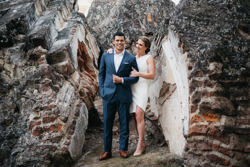 Engagement Session at Ruins of La Recoleccion in Antigua 03